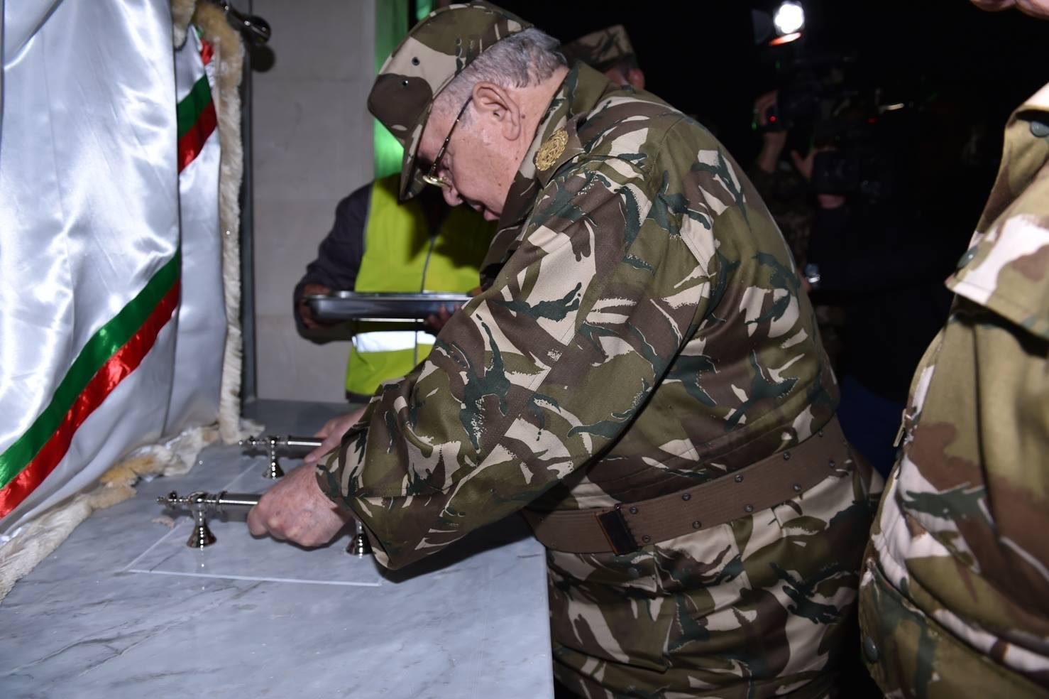 الجزائر : صلاحيات نائب وزير الدفاع الوطني - صفحة 5 30899420965_4dabc95974_o