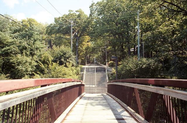 Crossing Between Two Glen Manors