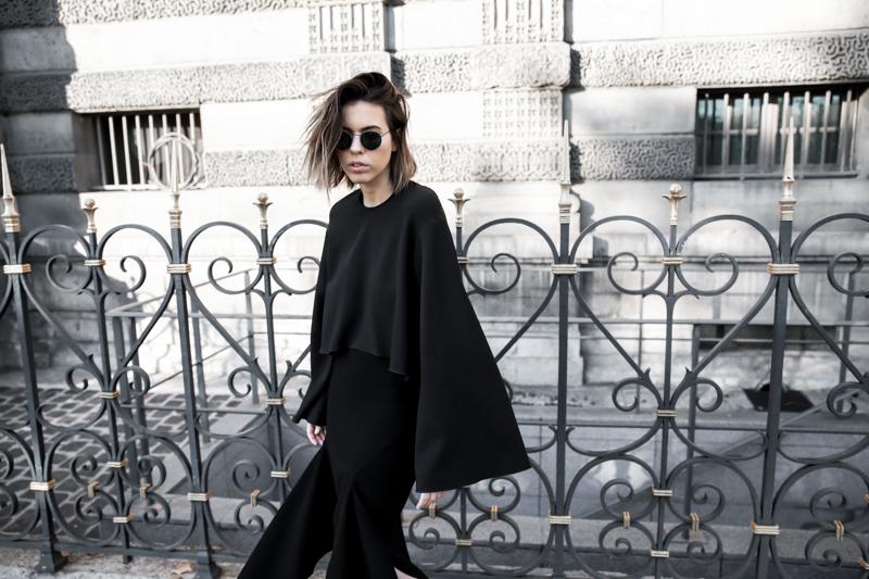 paris fashion week, street style, ss16, all black, Ellery, Protege Flare sleeve top, Dion Lee slash split skirt, modern legacy, fashion blogger (1 of 1)