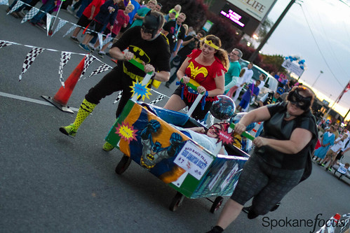 Lions Club Bed Races - 2015
