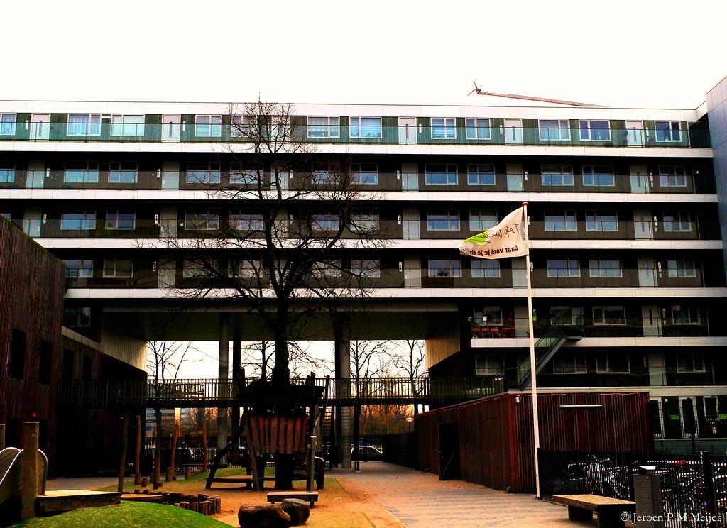 Dutch design hotel artemis map north holland for Designhotel holland