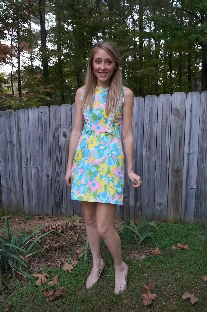 60s lilly pulitzer style dress | allie J. | alliemjackson.com