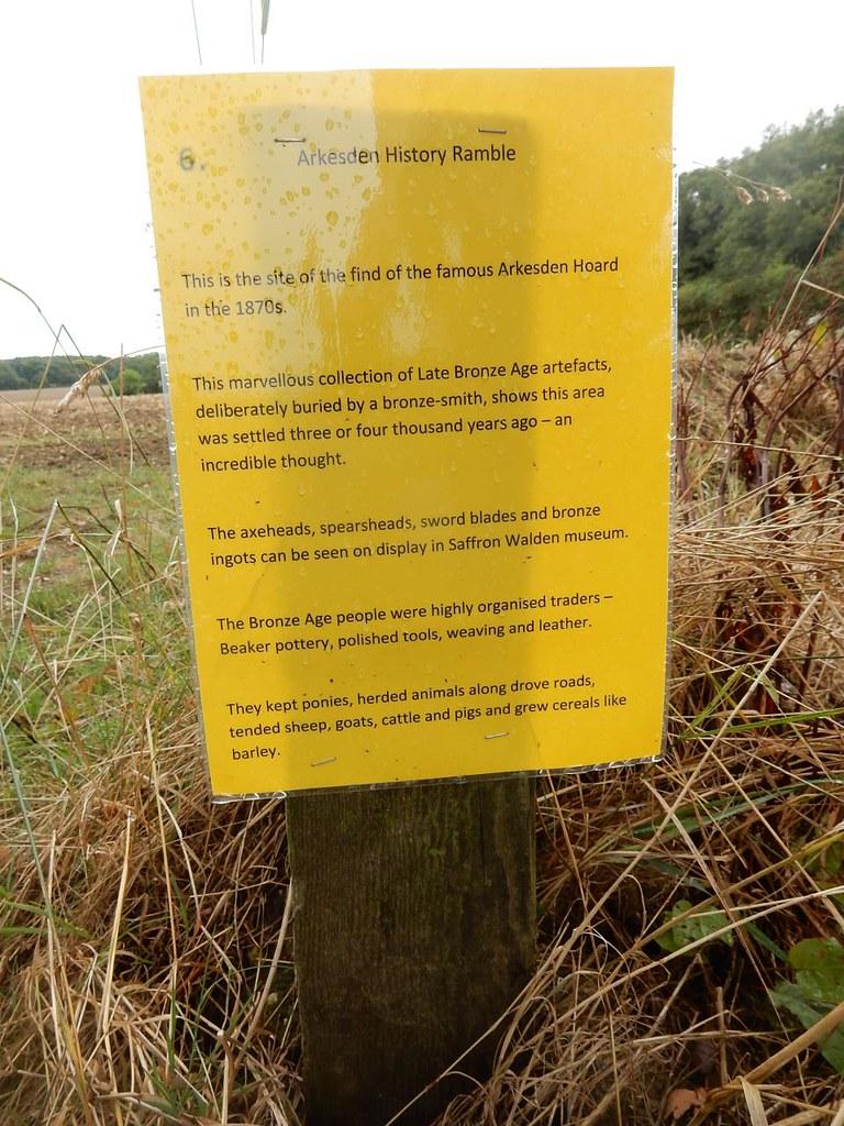Interesting notice Site of Arkesden Hoard, Steven's Lane - main walk. Wendens Ambo Circular