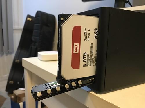 ที่ใส่มาใน WD My Cloud PR2100 คือ WD Red 8TB ครับ