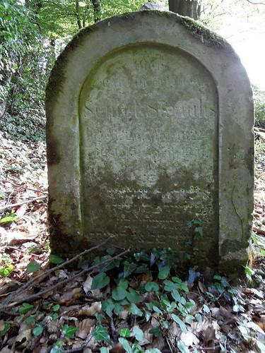 Jüdischer Friedhof Frücht - Grabstein des Semel Straus