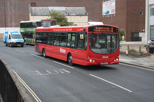 First Hampshire and Dorset 69400 HY09AZJ