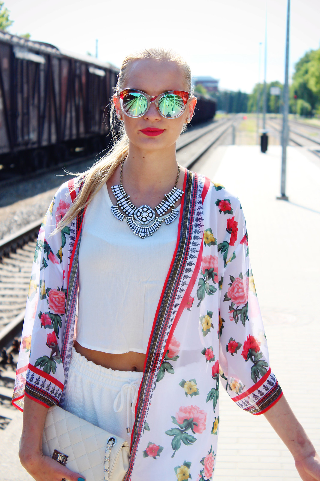 hot-summer-outfit