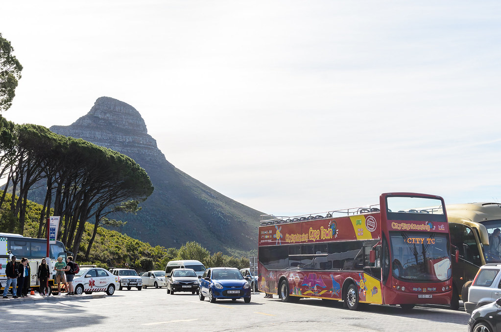 Red City sightseeing bus