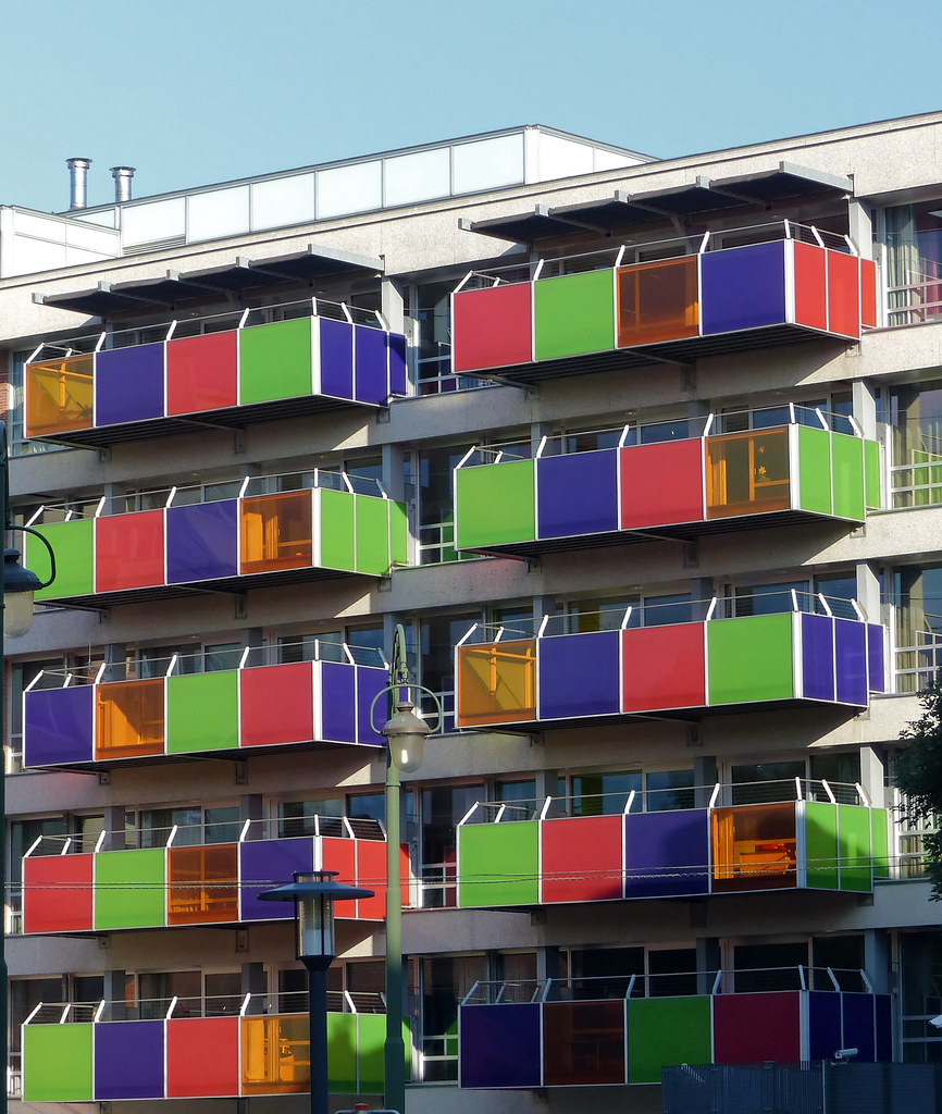 Les balcons multicolores - The colorful balconies