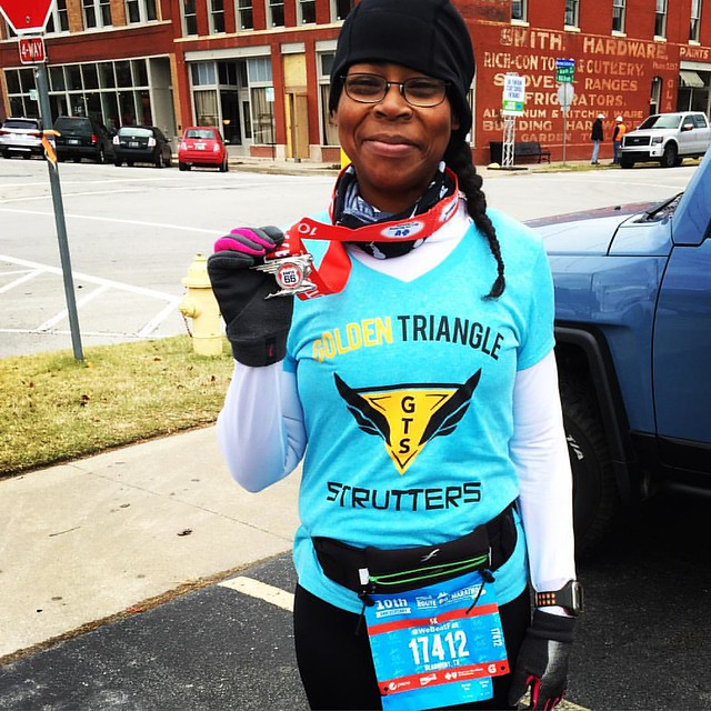 I just ran the windiest 5k ever. The wind was literally picking our feet up off the ground and it was 38 degrees. A great way to get @route66marathon marathon weekend started. #rt66run #marathonmaniacs #holidaysweat #fitfam #fitfluential #running #runchat