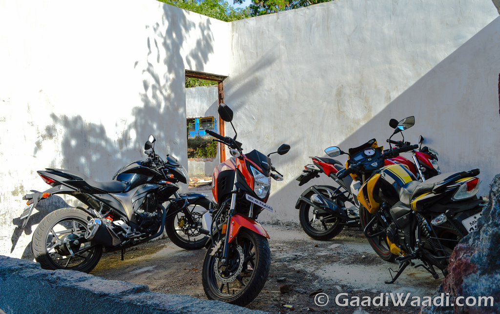 Honda CB Hornet vs Suzuki Gixxer vs Yamaha FZ vs TVS Apache (14)