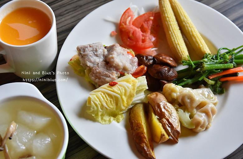 30324065922 b802e3403e b - 【熱血採訪】陶然左岸,嚴選當季鮮蔬、台灣小農生產,推廣健康飲食觀念,是蔬食但非全素吃到飽餐廳