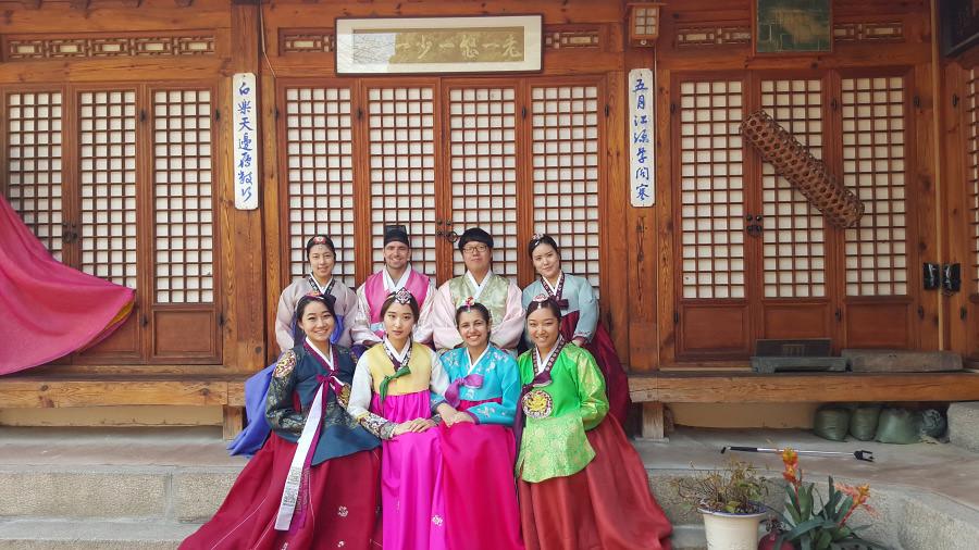 Nguyen, Anna; South Korea - Episode 10 (6)
