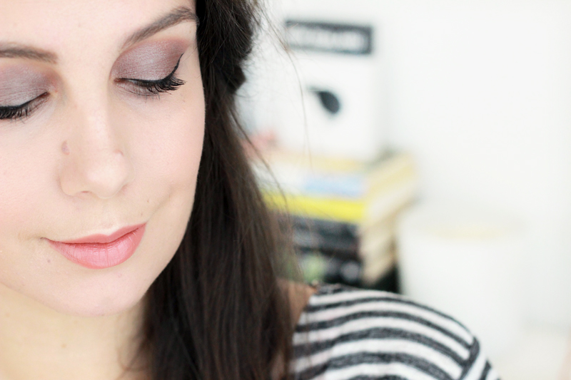 Burberry Cream Colour Eye Look - Dusky Mauve