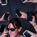 A ver quién reconoce el teléfono con el que estoy hablando... by Tona Pou