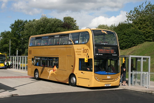 Reading Buses 212 on Route 90 via Southern Estates, Bracknell