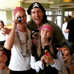 Half of the crew @krispykreme getting the free dozen doughnuts for the #talklikeapirateday promotion. #tlapd2015 #tlap