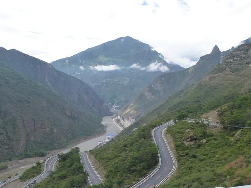 CH-Danba-Jiaju-Bus-Panorama (3)