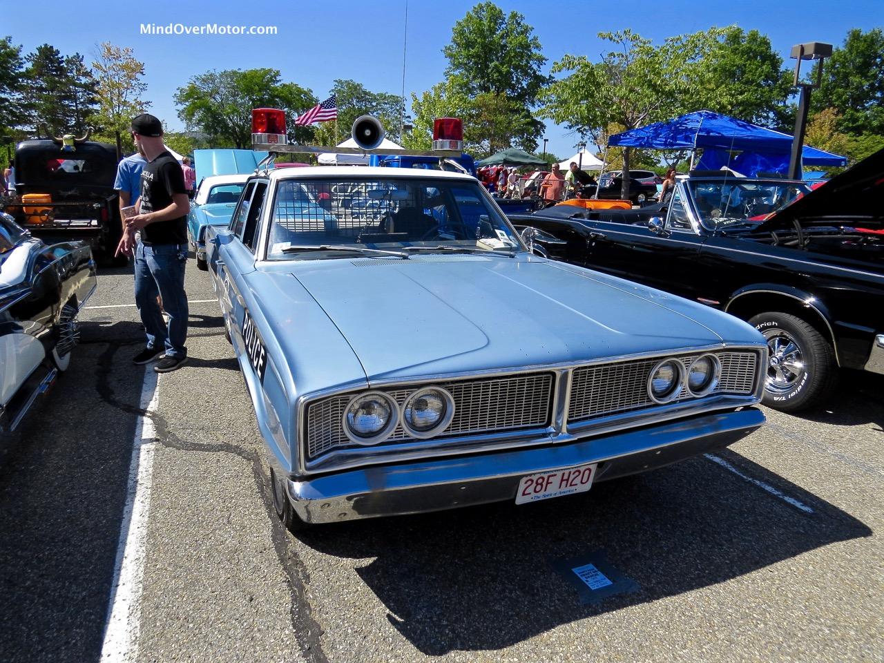 1966 Dodge Coronet Front
