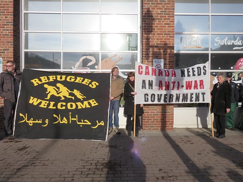 ECAWAR Info Picket - Refugees & Syria