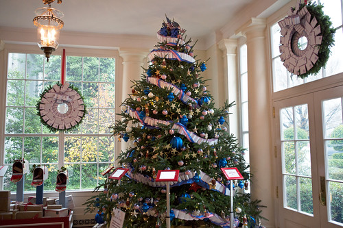 Rolled Paper Garland White House Christmas Decor - NPR photo
