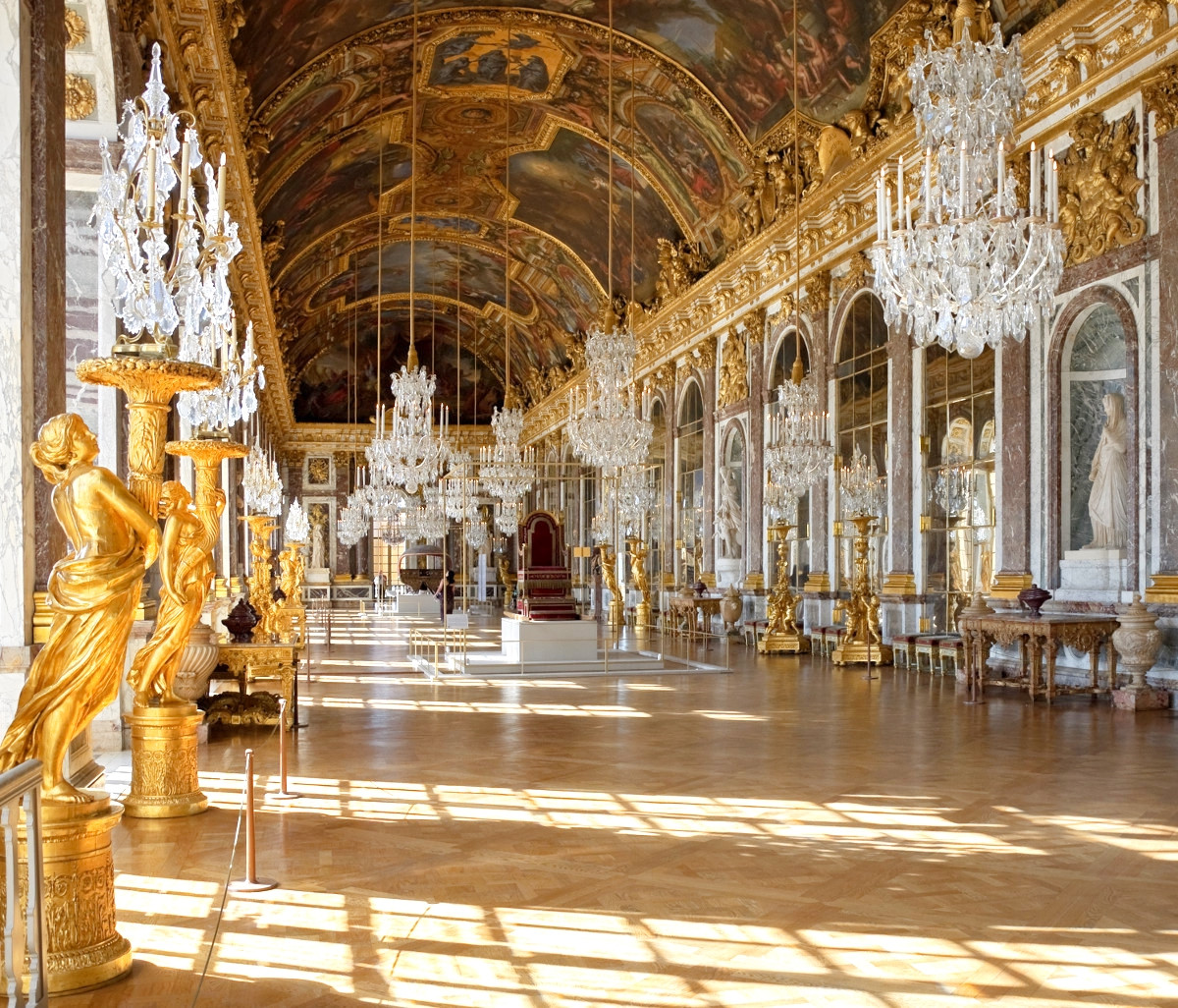 Halls of Mirrors at Versailles. Credit Myrabella