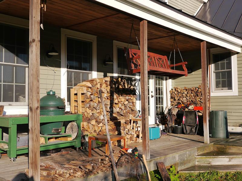 Seasonal porch