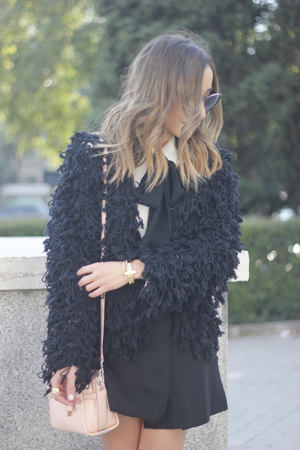 black jacket shirt with black bow coach pink bag heels outfit03