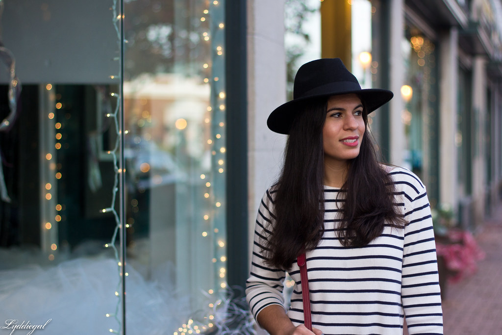 striped shirt, black jeans, leopard pumps, wool fedora-8.jpg