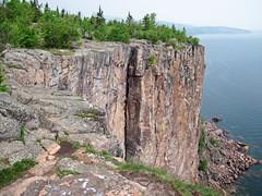 Columnar-jointed rhyolite (Palisade Rhyolite, North Shore Volcanic Group, Mesoproterozoic, 1096-1097 Ma; Palisade Head, northeastern Minnesota, USA) 1
