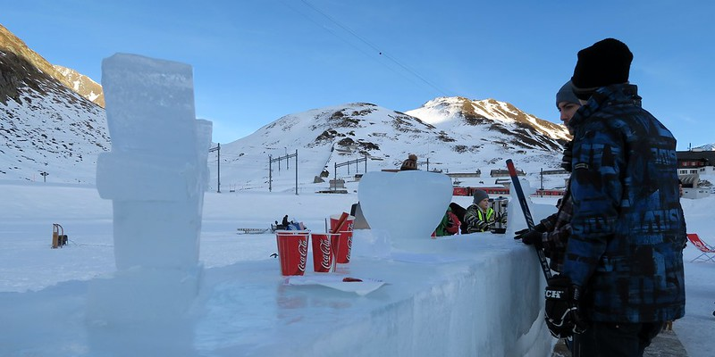 Oberalp Pass - Ice Bar