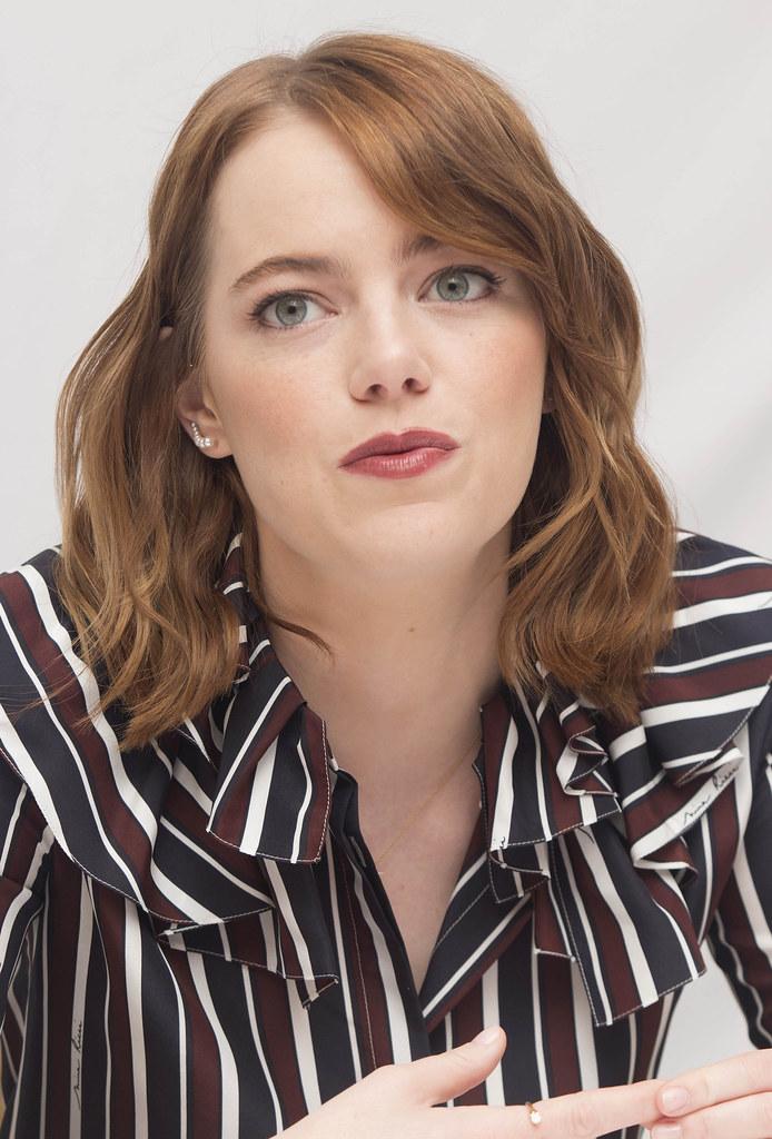 Эмма Стоун — Пресс-конференция «Ла-Ла Ленд» на «TIFF» 2016 – 14