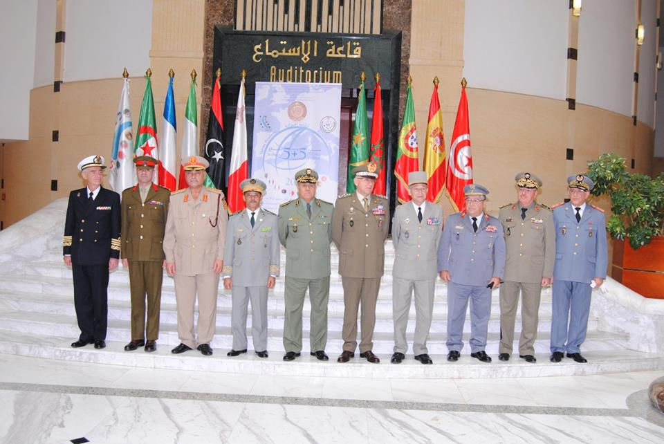 الجزائر : صلاحيات نائب وزير الدفاع الوطني - صفحة 5 30663324412_23258693f2_o