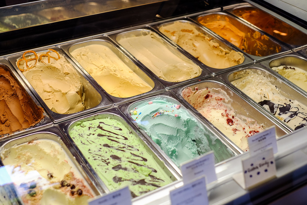 Double Scoops: Look at all the gelato ice cream!