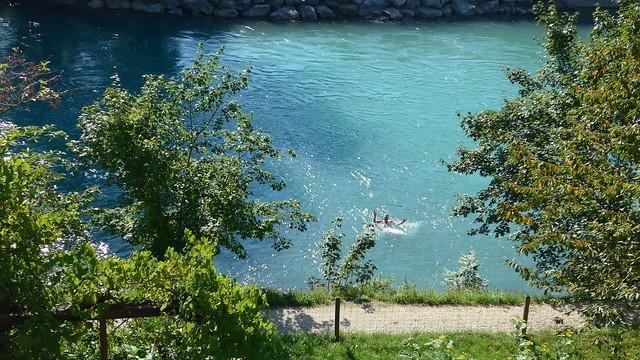 The swimmer caught in flagranti