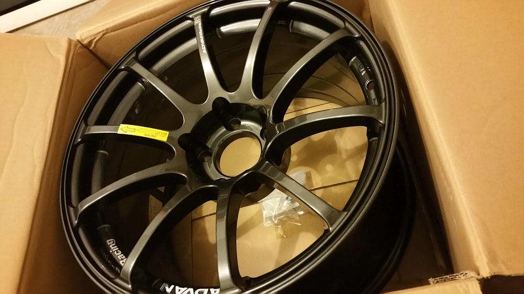 FS : Advan RS 17x9.5 +25 GTR / Concave Face, new in box 20860440958_5472656195_b