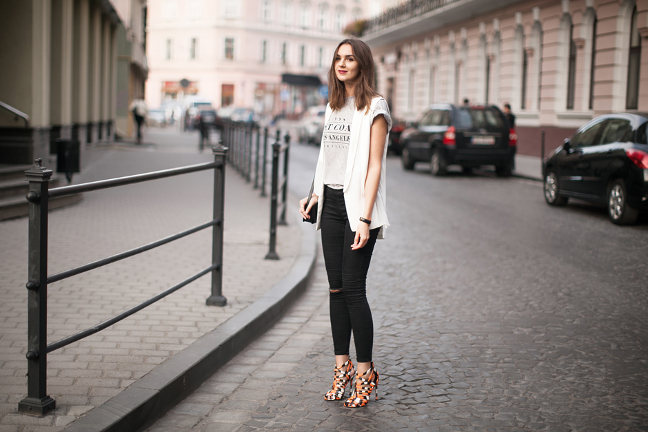 basic-pieces-daily-outfits-street-style