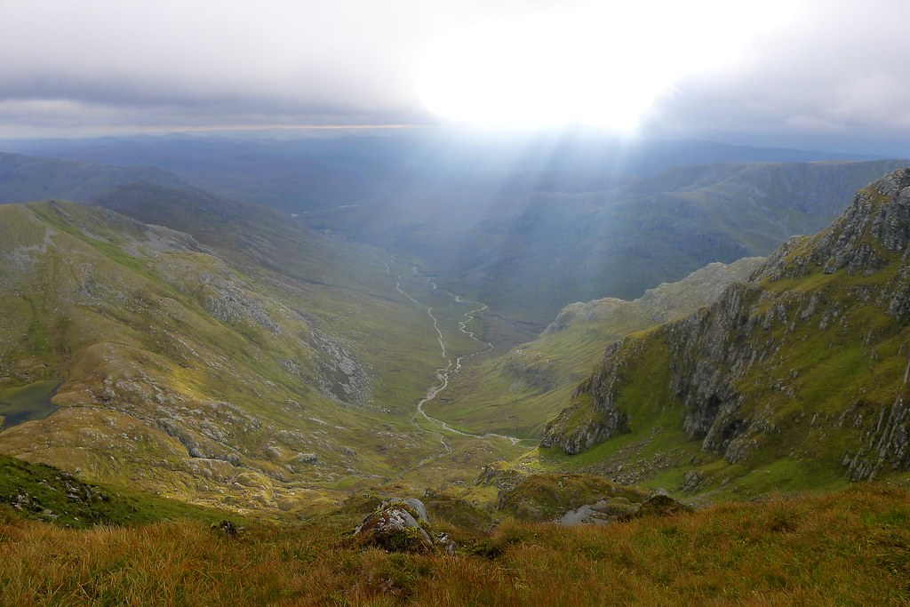 Light over upper Coire Doe
