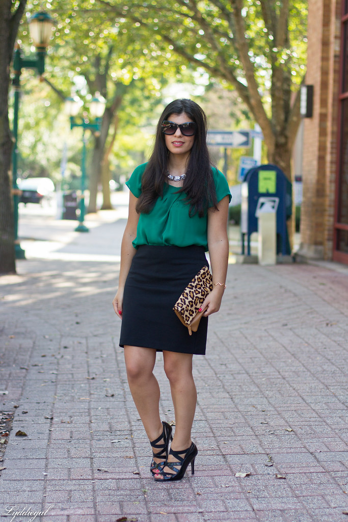green blouse, black pencil skirt, leopard clutch.jpg