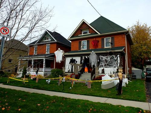 hallowe'en house