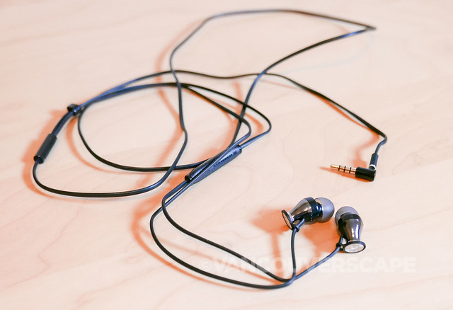 Sennheiser Momentum earphones-5