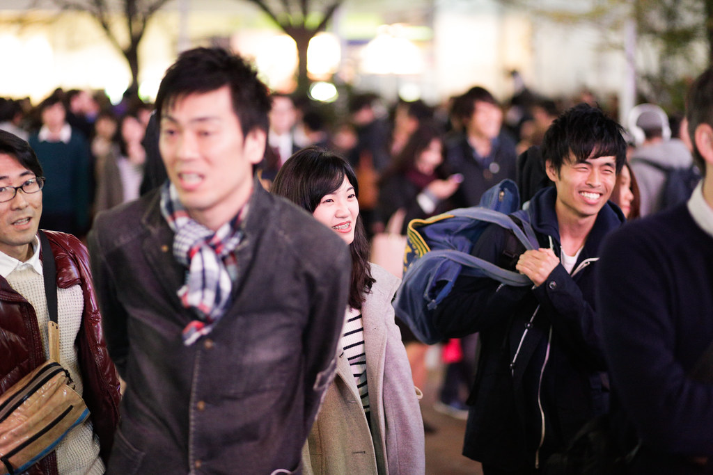 Dogenzaka 2 Chome, Tokyo, Shibuya-ku, Tokyo Prefecture, Japan, 0.008 sec (1/125), f/1.8, 85 mm, EF85mm f/1.8 USM