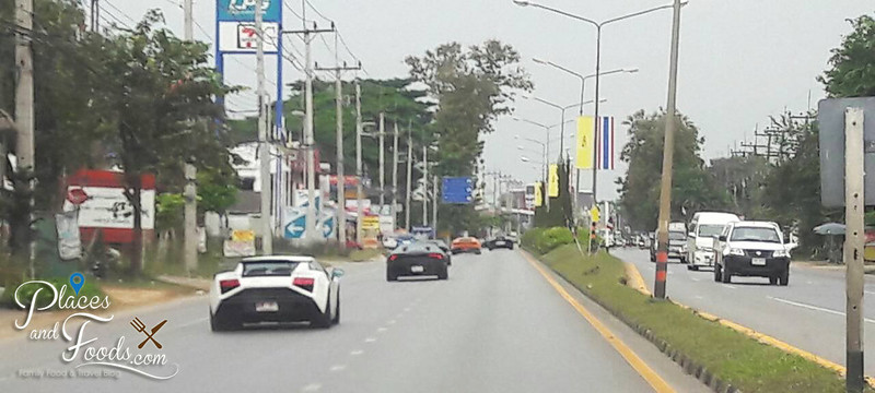 chiang rai lamborghini on the street