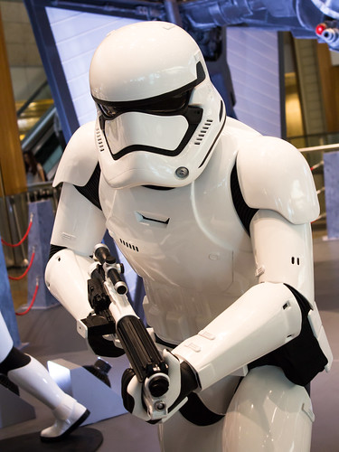 Changi_Star_Wars_The_Force_Awakens_11