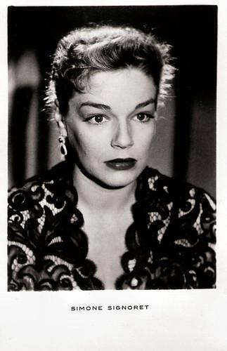 Simone Signoret in Ombre et lumière (1951)