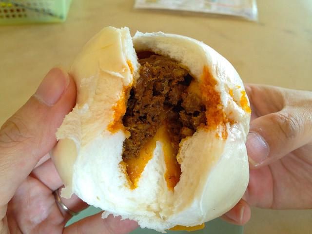 yik-mun-tanjung-malim-chicken-pau