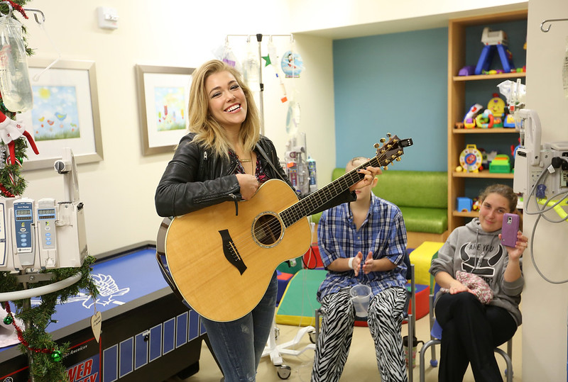 Rachel Platten Visits Riley Patients