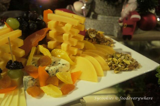 3.Pacific Regency Hotel Suites 2015 Christmas Buffet