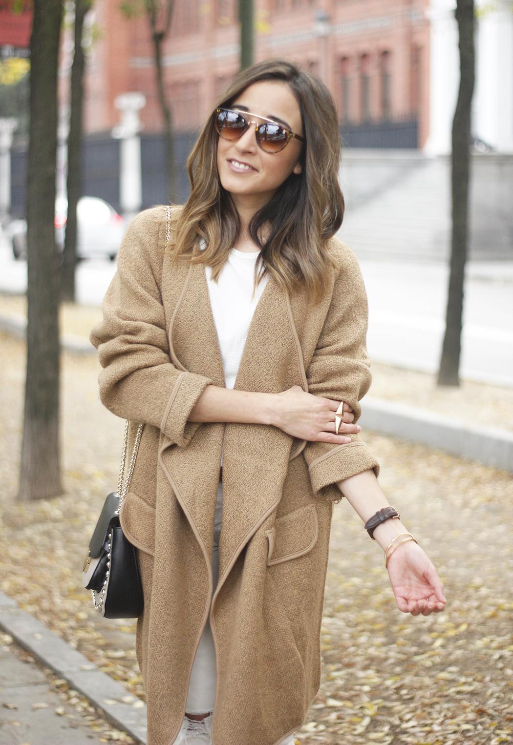 Camel Coat sheinside white outfit heels uterqüe purse outfit08