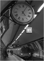Balham LU Station Clock